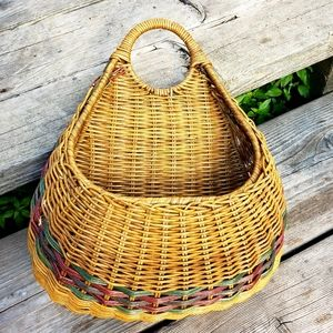 Vintage hanging wall basket•Wall pocket planter•